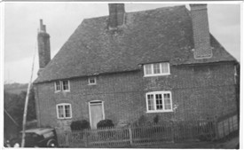 Photo:Sandpit Cottage on Ram Lane c1937
