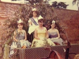 Photo:The carnival Queen and her Princesses in 1964